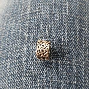 1 pandora s clip